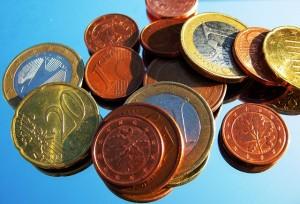 La mitad de los españoles solicita financiación regularmente ¿pero de dónde la saca?